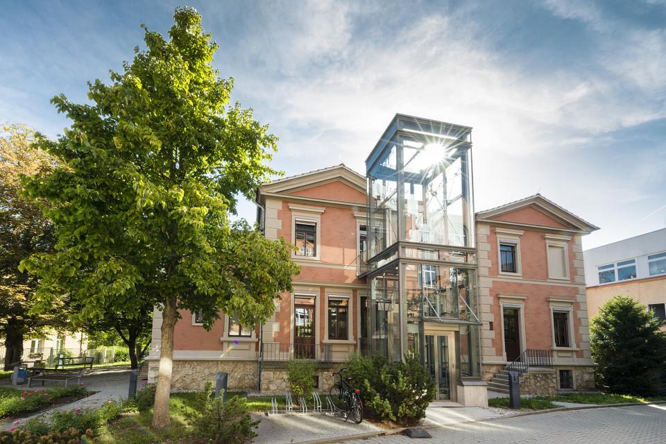 Schott Villa Außenansicht