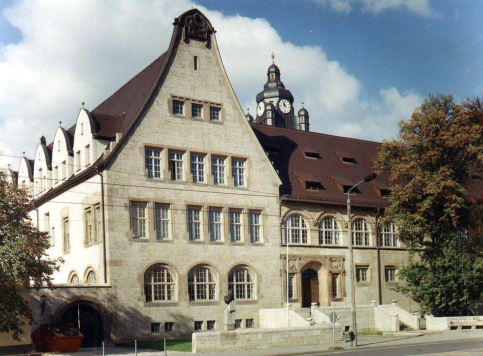 Außenansicht Universitätshauptgebäude der Uni Jena